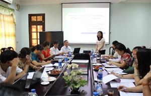 Thạc sĩ Bùi Thu Hằng – Phó giám đốc Sở Y tế khai mạc và chỉ đạo lớp học.
