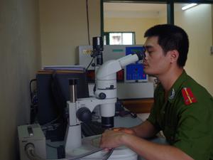 Đồng chí Trần Bá Dương luôn sáng tạo trong công việc phá được nhiều vụ án hình sự nghiêm trọng.