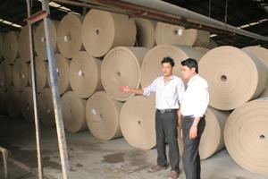 Kiểm tra thực tế và phát hiện nhiều thiếu sót trong công tác TVSLĐ-PCCN tại Công ty TNHH Giấy Ba Nhất (Lương Sơn).
