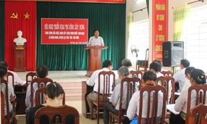 Toàn cảnh hội nghị triển khai thi công công trình sửa chữa, nâng cấp Công trình nước sinh hoạt xã Nhân Nghĩa (huyện Lạc Sơn).
