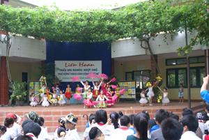 Vào dịp hè, thành phố Hòa Bình đã tổ chức nhiều hoạt động VH -VN, TD-TT có sự tham gia của nhiều trẻ em trên địa bàn.
