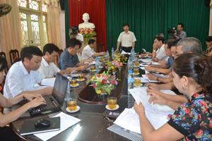 Đồng chí Bùi Văn Cửu, Phó Chủ tịch TT UBND tỉnh phát biểu kết luận buổi làm việc.