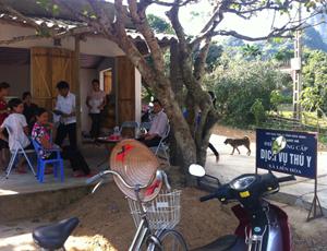 Điểm cung cấp dịch vụ thú y xã Liên Hòa (Lạc Thủy) có vị trí thuận tiện để người dân tiếp cận và đón nhận.