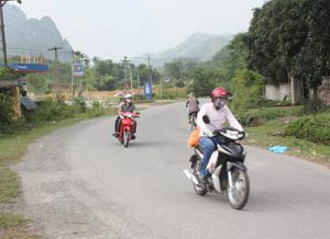 Đường giao thông thuận tiện góp phần tạo điều kiện cho xã Trường Sơn (Lương Sơn) sớm hoàn thiện chương trình NTM.