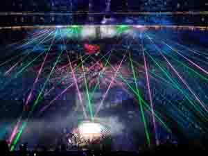 Màn biểu diễn ánh sáng lung linh sắc mầu tại lễ bế mạc SEA Games 28.