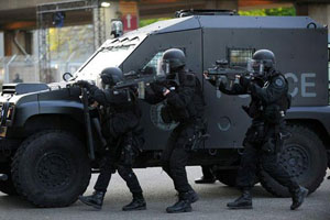 Lực lượng an ninh Pháp diễn tập chống khủng bố trước thềm EURO