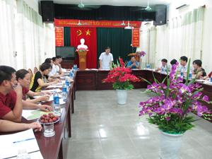 Đồng chí Bùi Văn Cửu, Phó Chủ tịch UBND tỉnh phát biểu tại buổi làm việc