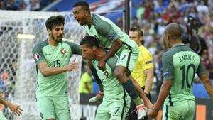Các cầu thủ Bồ Đào Nha sẽ đụng độ đối thủ nặng ký ở vòng 16 đội là Croatia. Ảnh: UEFA