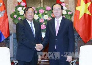 Chủ tịch nước Trần Đại Quang tiếp Bộ trưởng Ngoại giao và Hợp tác Quốc tế Cam-pu-chia. Ảnh: TTXVN.