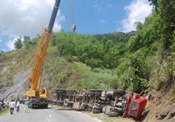 Hiện trường vụ tai nạn trên dốc Cun