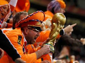 Người Hà Lan đang khát cúp vàng sau hai thất bại ở trận chung kết năm 1974 và 1978. Ảnh: Reuters