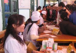 Chiến dịch CSSKSS - KHHGD huyện Đà Bắc đã được đông đảo chị em phụ nữ hưởng ứng.