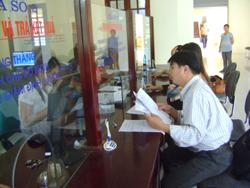 Hồ sơ BHYT, BHXH được giải quyết nhanh gọn tại bộ phận một cửa của Bảo hiểm xã hội tỉnh