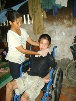 Nhiều nạn nhân chất độc da cam/ Đioxin trong tỉnh cần sự giúp đỡ của cộng đồng