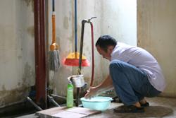 Giá nước sinh hoạt tăng ít nhiều ảnh hưởng đến đời sống của nhân dân thành phố Hoà Bình