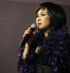 Thanh Lam - ca sĩ tự do đầu tiên được tặng danh hiệu NSƯT năm 2007.