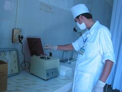 Xét nghiệm HIV tại bệnh viện đa khoa huyện Lạc Sơn