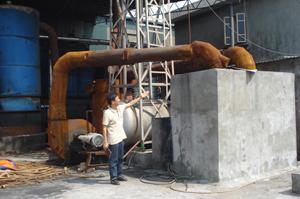 Công ty TNHH Tiến Đạt đã xây dựng hệ thống bể lọc khói đen từ lò dầu để hạn chế tình trạng ô nhiễm môi trường.