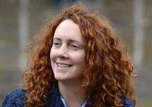 Rebekah Brooks, .Giám đốc điều hành hãng News International.