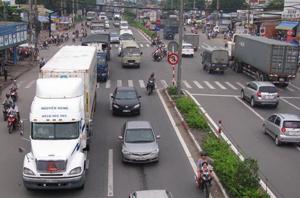 Việc lắp đặt thiết bị giám sát hành trình sẽ giúp phương tiện hoạt động an toàn hơn.