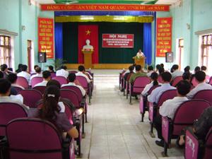 Nhân dịp này, huyện Lương Sơn đã phát hành 32.000 vé số đặc biệt ủng hộ nạn nhân chất độc da cam/dioxin.