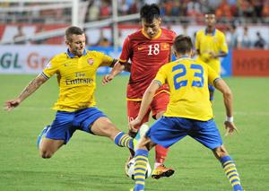 Arsenal quá mạnh so với tuyển Việt Nam.