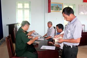 Đợt chi trả lần này, huyện Kỳ Sơn có 278 đối tượng được chi trả một lần với tổng số tiền là 1.099.400.000 đồng