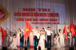 Một tiết mục dự thi của xã Hòa Sơn (Lương Sơn).