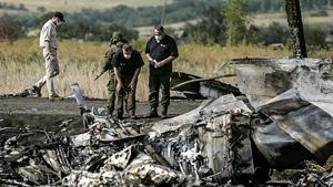 Hiện trường máy bay rơi của Malaysia Airlines tại đông Ukraine.