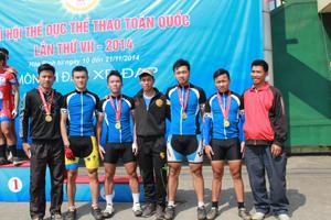 Các HLV và VĐV đội tuyển xe đạp địa hình Hòa Bình thi đấu thành công tại Đại hội TD -TT toàn quốc lần thứ VII - năm 2014.