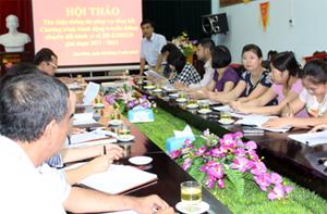 Các đại biểu phát biểu ý kiến tại hội thảo.