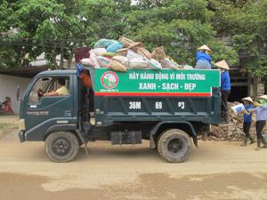 Hợp tác xã bảo vệ môi trường Bình Minh Xanh huyện Yên Thủy, được thành lập đi vào hoạt động đã nhận được sự ủng hộ nhiệt tình từ phía nhân dân.