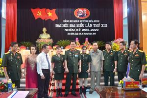 Các đại biểu tham dự Đại hội trao đổi về một số nội dung xung quanh Báo cáo chính trị của Đại hội.