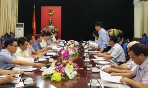 Đoàn công tác BCĐ Trung ương về PCTT và lãnh đạo tỉnh ta cùng trao đổi tại buổi làm việc.