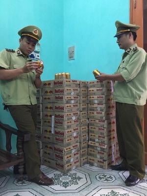 Số hàng hóa vi phạm của chủ hàng kiêm lái xe Vũ Công Tuấn đang được tạm giữ tại Đội QLTT số 6 chờ tiêu hủy