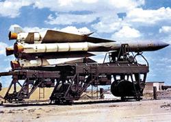 Tên lửa SA-5 đang được triển khai gần Bàn Môn Điếm.