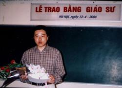 GS Ngô Bảo Châu nhận bằng giáo sư của VN
