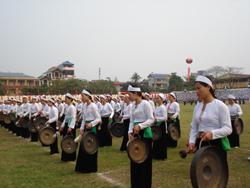 Hơn 200 tay chiêng huyện Cao Phong tham gia biểu diễn tại Đại hội TDTT toàn tỉnh lần thứ IV
