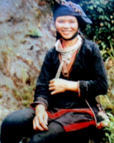 Trang phục của người phụ nữ Dao Tiền