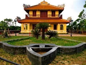 Bắc Khuyết Đài được xây dựng vào năm 1804 cùng với Đông khuyết Đài.