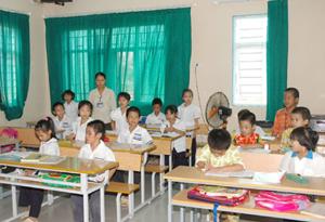Một giờ học của trẻ em có HIV tại Trung tâm 2 Ba Vì (Hà Nội).
