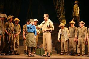 Cảnh trong vở Đêm trắng của Đoàn chèo Tổng cục Hậu cần (nay là Nhà hát chèo Quân đội).