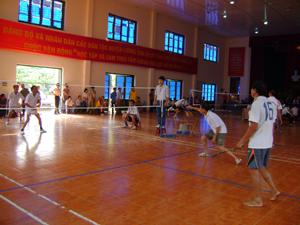 Trận chung kết nội dung đôi nam cầu lông 51 tuổi trở lên.
