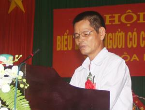 Ông Vũ Văn Chính tại hội nghị biểu dương người có công với cách mạng năm 2012.