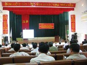 Lớp tập huấn chính sách người có công với cách mạng và Luật người khuyết tật tại huyên Cao Phong.