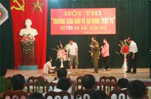 """Tiểu phẩm """"lỗi tại tôi"""" của đội TT Đà Bắc đạt giải nhất tại hội thi."""