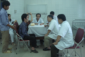 Bệnh viện Đa khoa tỉnh khám miễn phí cho đối tượng khuyết tật vận động nghèo trên địa bàn tỉnh.