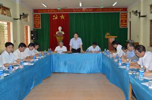 Đồng chí Nguyễn Văn Toàn, TVTU, Trưởng Ban Tuyên giáo Tỉnh ủy, Trưởng Ban VH-XH&DT (HĐND tỉnh) phát biểu tại buổi khảo sát.