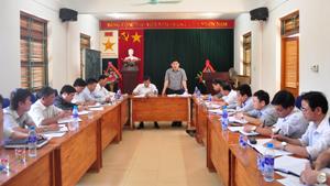 Kiểm tra tình hình thực hiện chương trình xây dựng NTM tại huyện Kỳ Sơn