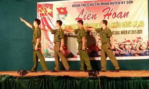 Tiết mục tham gia Liên hoan của Công an huyện Kỳ Sơn.